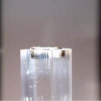 Thiết bị lọc nước bẩn thành nước uống bằng ánh sáng Mặt Trời