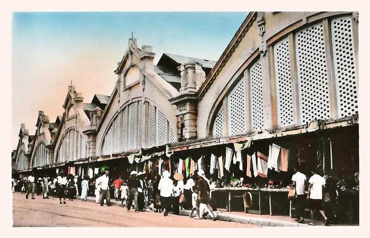 Chợ Đồng Xuân năm 1930 trong bưu ảnh của Pháp.
