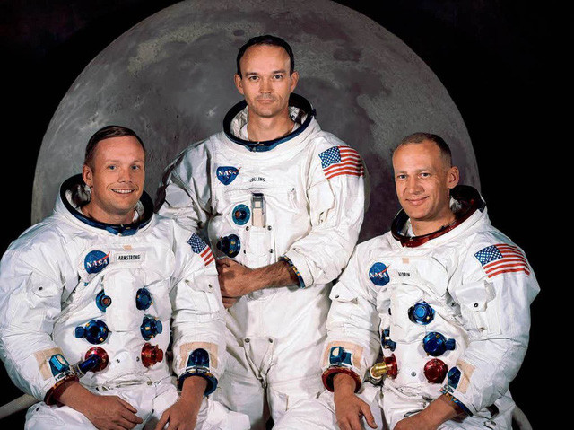 Các phi hành gia NASA tham gia sứ mệnh khám phá Mặt trăng năm 1969.