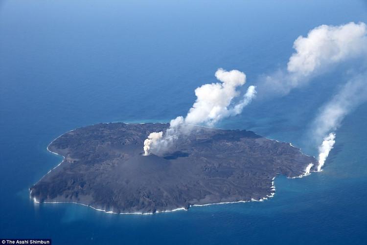 Đảo Nishinoshima thuộc quần đảo Ogasawara nằm trong khu vực phát hiện mỏ khoáng chất.