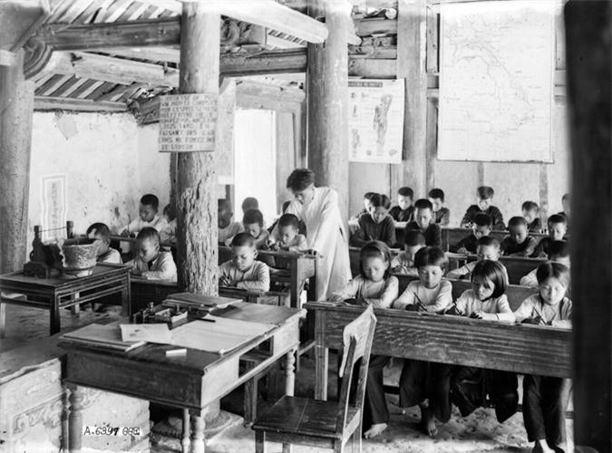 Lớp học tiếng Pháp của trường tiểu học Liên Thượng.