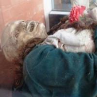 Kỳ lạ khu mộ làm các xác chết tự nhiên hóa đá