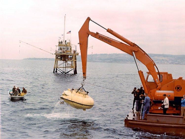 Lần lặn ở California được ghi nhận là lần lặn sâu nhất mà một con tàu lặn được gắn với cáp treo bên trên từng thực hiện.