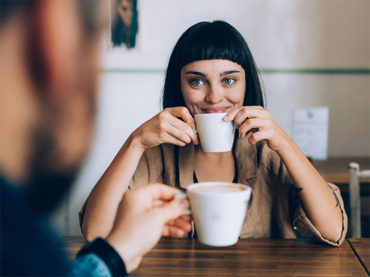Phụ nữ có bộ não hoạt động tốt hơn đàn ông