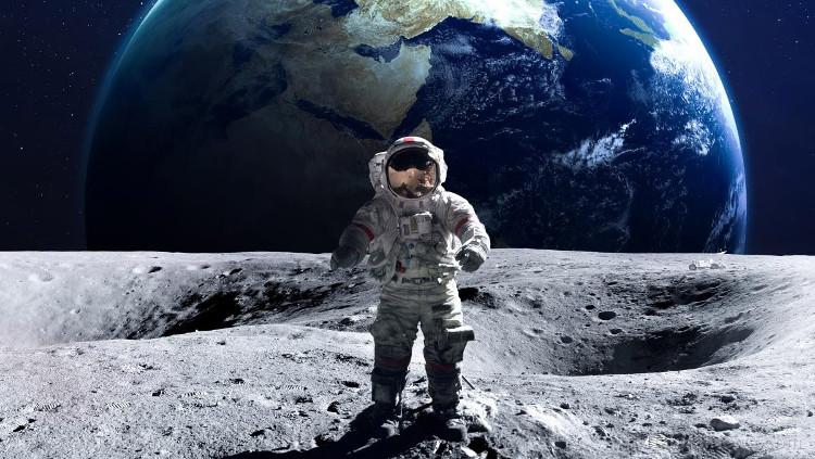 Tên của phi hành gia cùng đặt chân xuống mặt trăng ngay sau Neil Armstrong?