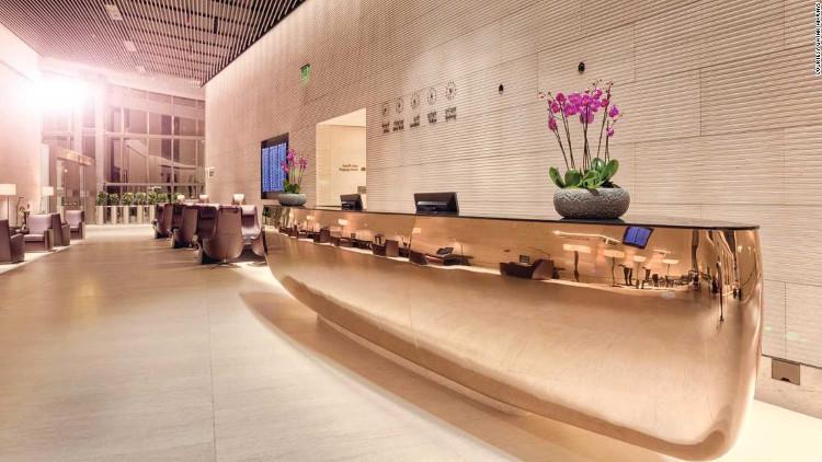 Du khách Qatar hạng nhất có thể vào sảnh Al Safwa của sân bay.