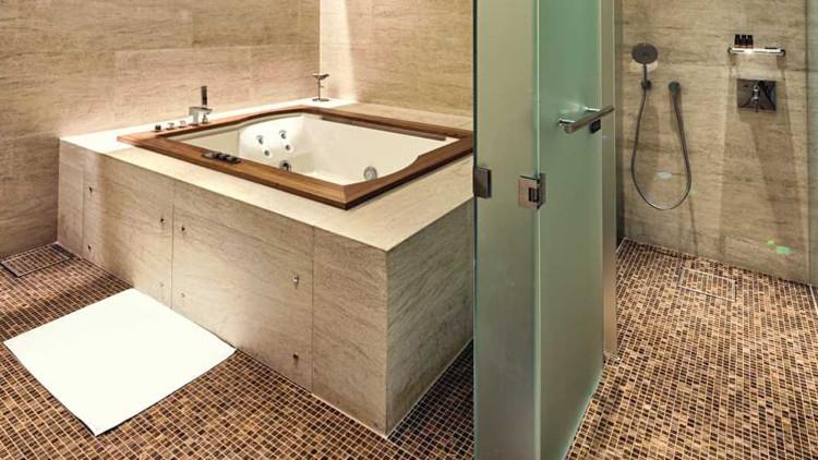 Sảnh Al Safwa có spa đầy đủ tiện nghi, thậm chí có cả bể sục.