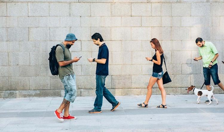 Smartphone đã trở thành một phần không thể thiếu trong cuộc sống của nhiều người.