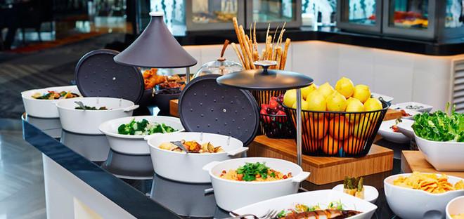 Tiệc buffet thì mới giúp tối ưu hóa số lượng khách mà nhà hàng có thể phục vụ.