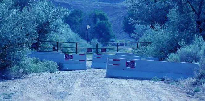 Đường dẫn vào trang trại Skinwalker ngày nay bị chắn