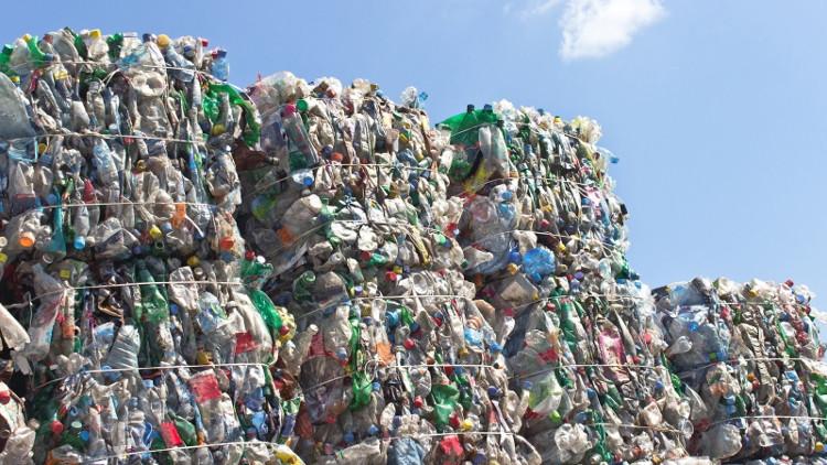 Vật liệu tái chế này có độ bền cao hơn so với những sản phẩm trước đây để tạo ra nhựa tái sử dụng.