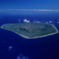 """Hòn đảo nơi con trai được đàn chị dạy cách """"yêu"""" và """"lên đỉnh"""""""