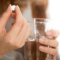 Vì sao một số thuốc không được nhai, bẻ nhỏ hoặc nghiền?