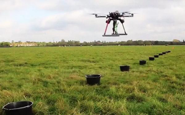 Drone trồng cây