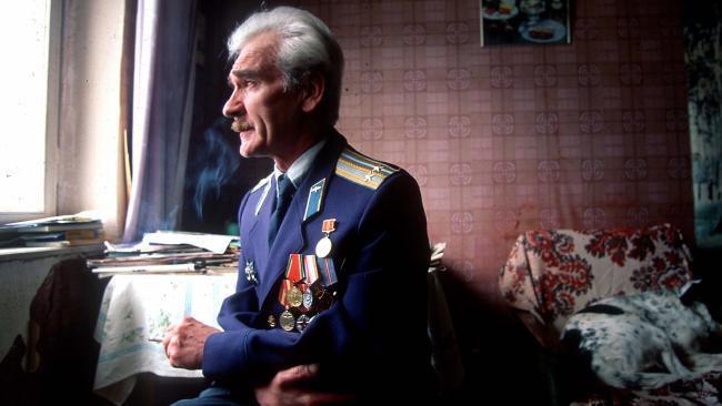 Ông Petrov quyết định nói với cấp trên rằng cảnh báo tên lửa chỉ là lỗi của hệ thống mà thôi