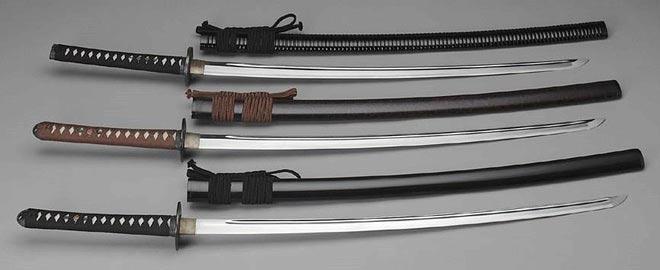 """Những thanh kiếm Kanata khét tiếng của võ đạo Nhật Bản cũng phải """"khiếp sợ"""" khi đối đầu với Bút Giá Xoa"""
