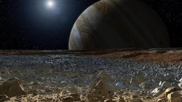 Mặt trăng Europa.