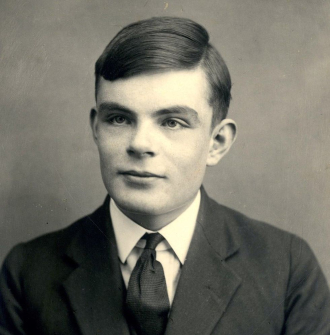 Alan Turing (1912 – 1954).