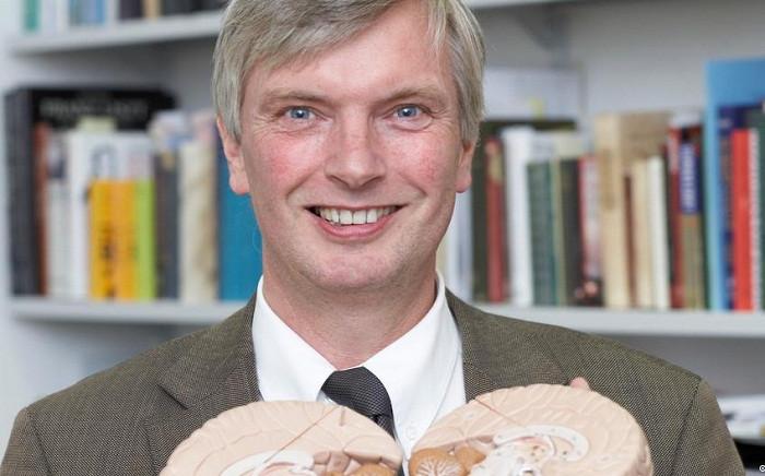 Giáo sư Eckart Altenmüller.