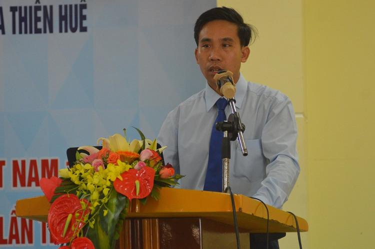 Tác giả Lê Đại Vương trình bày đề tài trong hội thảo kỷ niệm ngày Khoa học và công nghệ Việt Nam 18/5.