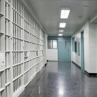 Đừng nói bản tính khó dời, nhà tù có thể thay đổi cả tính cách con người
