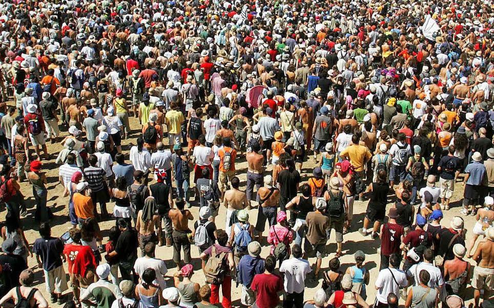 Khi có quá đông người, chất lượng mọi thứ dường như bé lại.