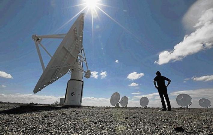 Nam Phi ra mắt các thiết bị mang tính cách mạng khám phá không gian.