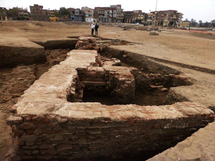 Dấu tích kiến trúc cổ xưa mới được phát hiện tại Ai Cập.