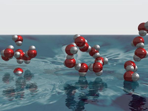 Nước có thể chuyển đổi giữa 2 dạng chất lỏng khi đạt đến nhiệt độ và áp suất phù hợp