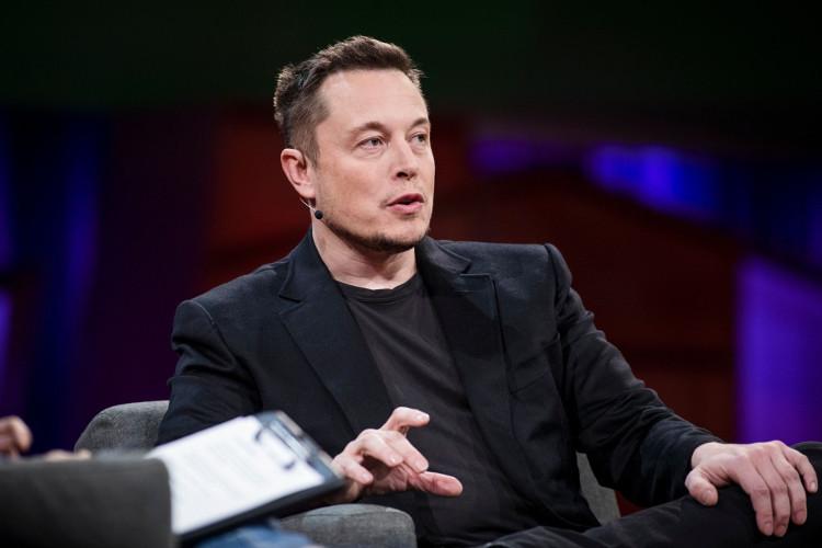 """Elon Musk - """"Iron Man"""" phiên bản đời thực với rất nhiều ý tưởng công nghệ """"thật không thể tin nổi""""."""