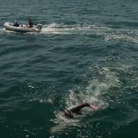 Vận động viên Pháp bơi 8.850km xuyên Thái Bình Dương
