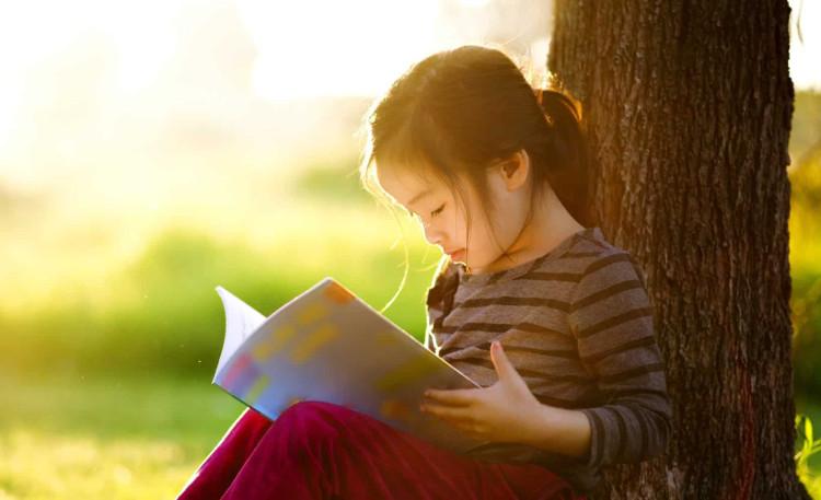 Đọc sách báo nhiều hơn chính là phương pháp tốt nhất để ngăn ngừa chứng mất trí nhớ.