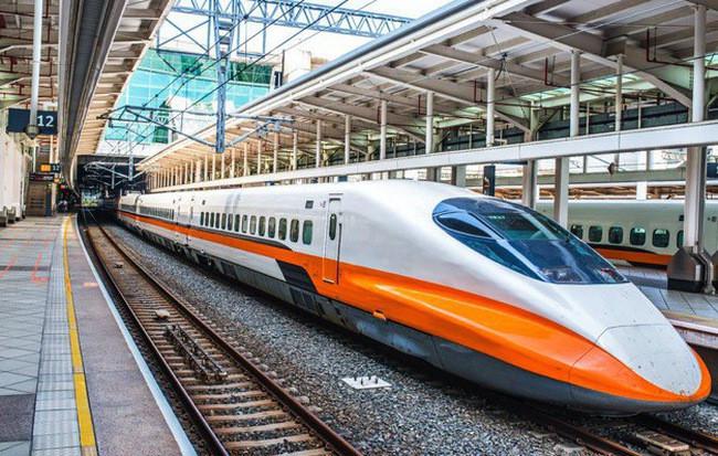 Hệ thống Đường sắt Liên bang Thụy Sĩ là hệ thống đường sắt tốt nhất Châu Âu.
