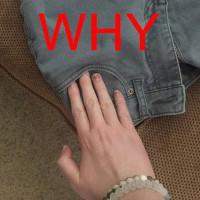 Vì sao túi trên quần áo mới mua thường bị may kín?