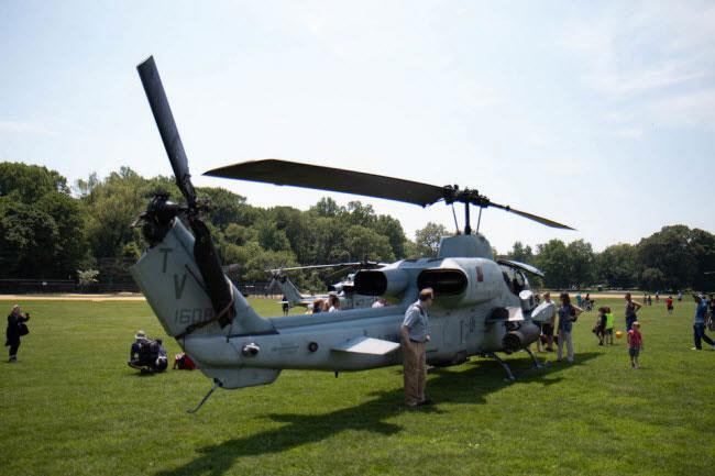 Lực lượng lính thủy đánh bộ Mỹ hiện có 87 chiếc trực thăng AH-1W Super Cobra