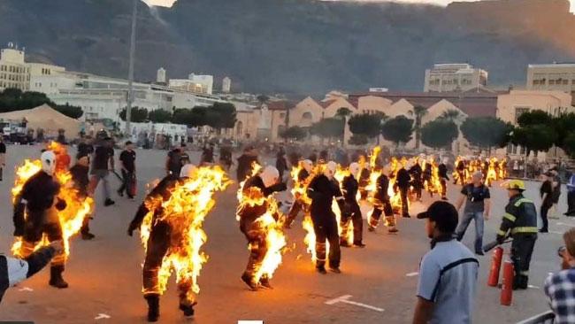 Kỷ lục nhiều cơ thể cùng bốc cháy nhất thế giới đã được xác lập.