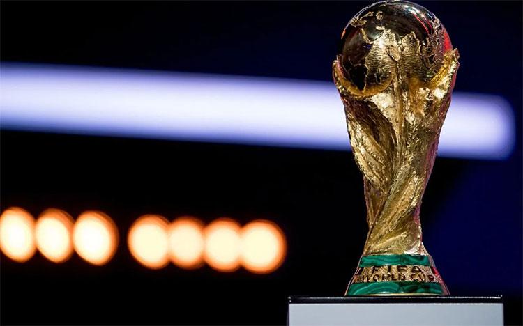 Cúp vàng World Cup.