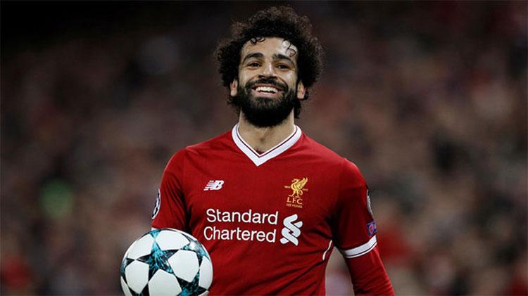 Mohamed Salah được robot Sophia khen ngợi có khả năng chơi bóng tuyệt vời.