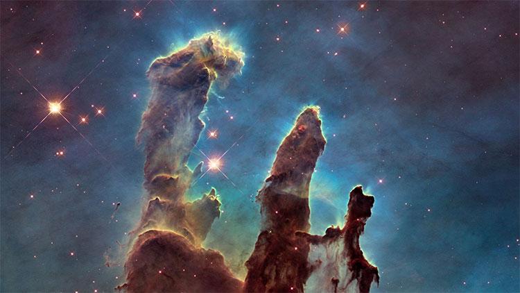 Các cột sáng tạo có lẽ tiếp tục đứng sừng sững nhờ từ trường trong khu vực hình thành sao.