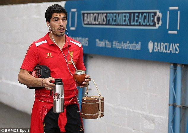 Suarez nghiện uống Mate từ khi còn chơi cho Liverpool.