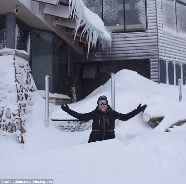 Thì như thường lệ, Úc lại ngập trong tuyết cho nó khác người.