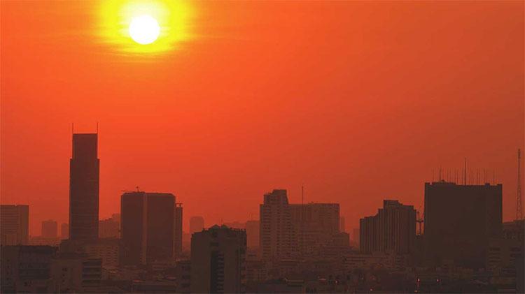 Trong khi nhiều thành phố trên thế giới đang tràn ngập nắng, thậm chí nóng phát hoảng vào ngày hôm nay...