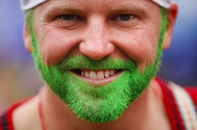 Dihydrotestosterone hay DHT mới quyết định việc mọc râu.