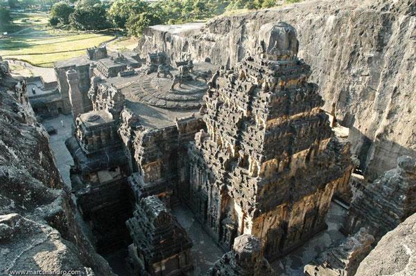 Đền thờ Kailasa
