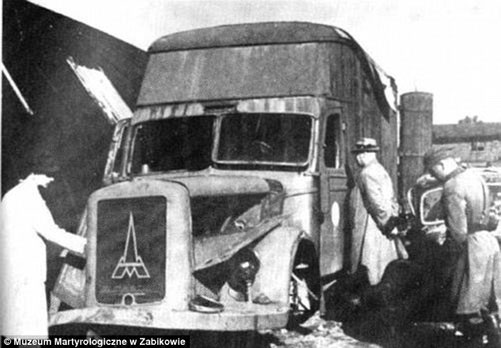 Xe tải được biến thành phòng hơi ngạt di động.