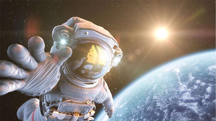 Có nhiều vấn đề sẽ xảy ra nếu thương mại hóa ngành du lịch vũ trụ.