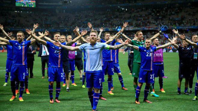 """Điệu """"thunder clap"""" – cú vỗ tay sấm sét để ăn mừng hay """"thị uy"""" của các hậu duệ Viking."""