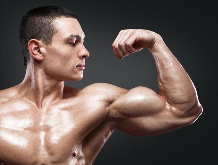 Testosterone đóng vai trò tạo nên sự nam tính và cơ bắp cho người đàn ông.