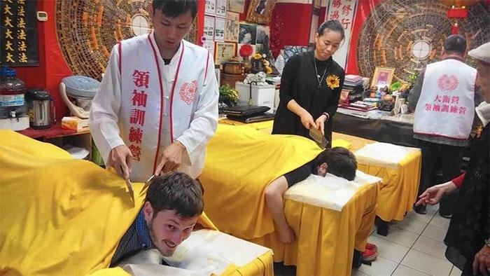 Massage bằng dao phay