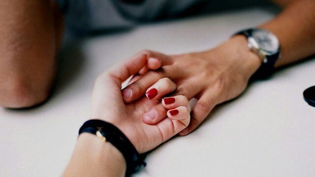 Người có nhiều cơ bắp hơn, bàn tay sẽ ấm nhanh hơn.